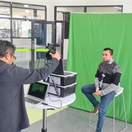 Teachers using Green Screen for digital content